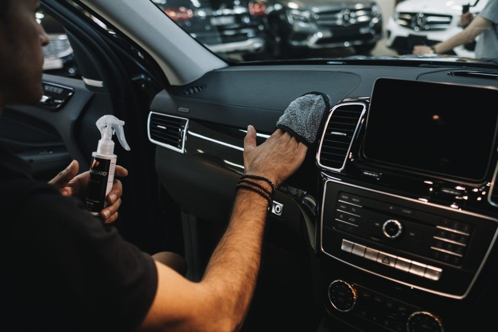 Tips for car interior cleaning
